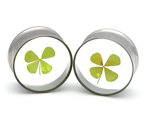 Embedded 4 Leaf Clover Plugs